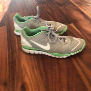 NIKE Free Tri Fit Tennis Shoes